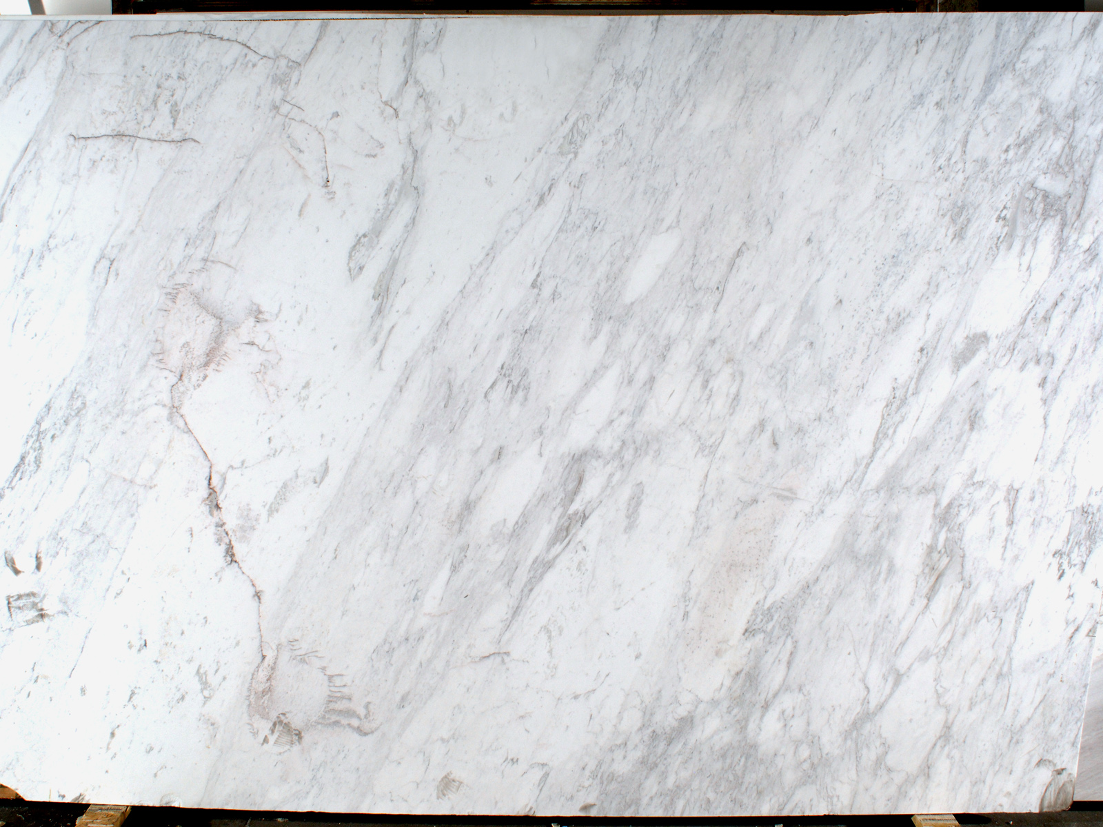 Callacatta Supreme Honed Omicron Granite Amp Tile