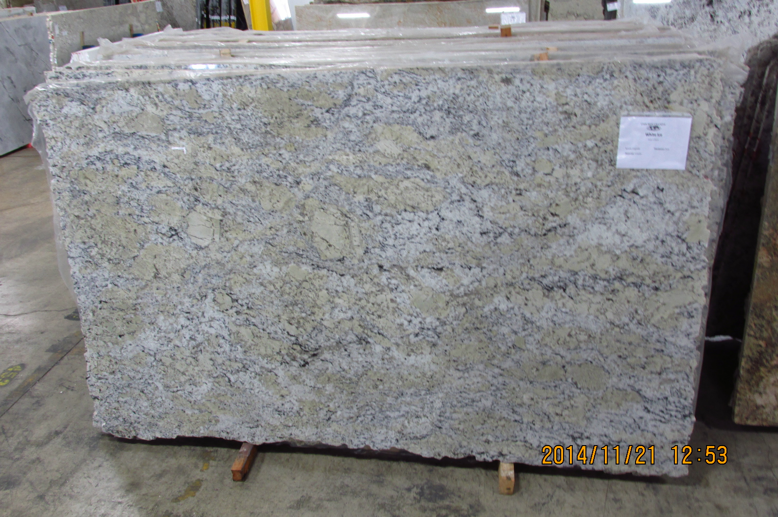 White Ice Omicron Granite Tile